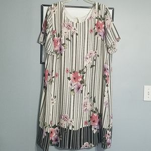 Avenue dress 22/24